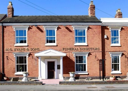 M G Evans Sons Family Funeral Directors Tamworth Funeral Home